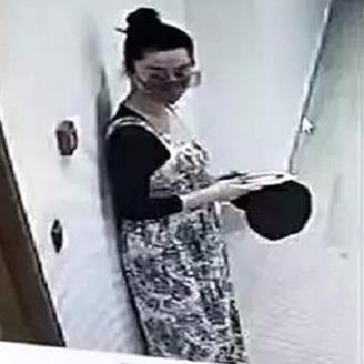 Phạm Băng Băng bị nghi chia tay Lý Thần vì mang thai con của đại gia