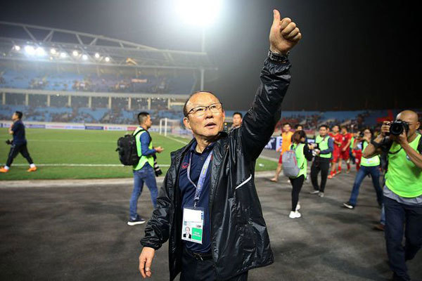 Vietnam Football Federation negotiating to extend Park Hang-seo's contract