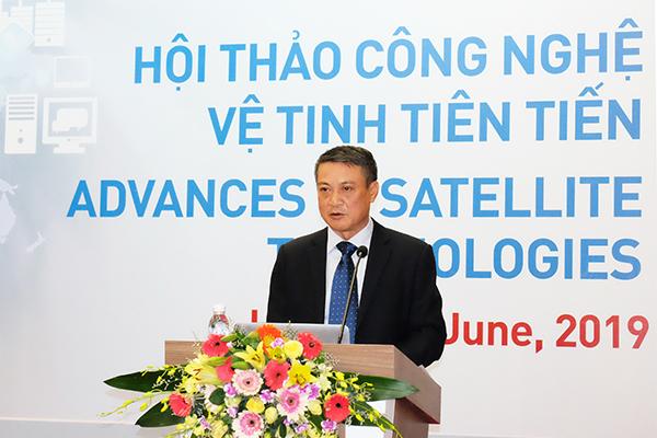 Việt Nam cần thích ứng thế nào trước sự phát triển của vệ tinh Internet?