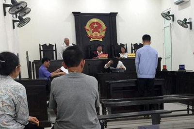 Yêu mù quáng bé gái 12 tuổi, nam sinh Phú Thọ ngồi tù 8 năm