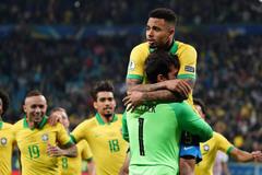 Brazil lạc nhịp samba, Gabriel Jesus thành cứu tinh