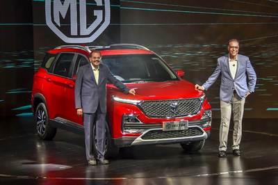 Ô tô SUV mới giá chỉ hơn 400 triệu 'trình làng'