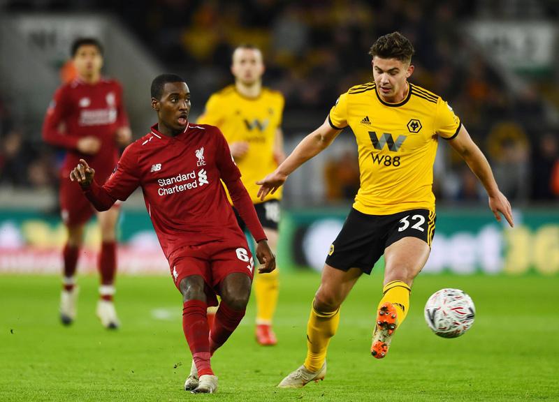 MU sốt sắng mua Aubameyang, Liverpool bán đứt sao trẻ