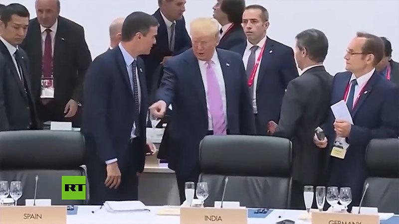 Những cử chỉ 'khác người' của ông Trump tại hội nghị G20