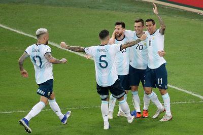 Argentina chạm trán Brazil ở bán kết Copa America