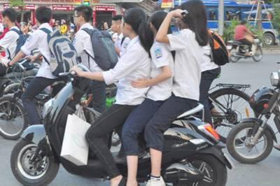 Kiến nghị học sinh sử dụng xe máy dưới 50 phân khối phải có bằng lái