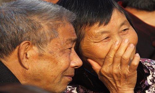Người già Trung Quốc đua nhau làm di chúc để con dâu, con rể không có phần