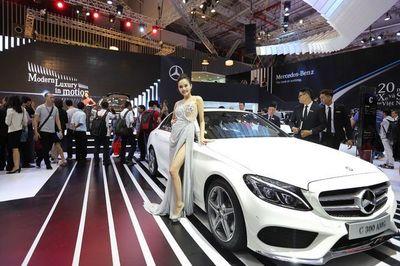Mercedes-Benz triệu hồi xe do lỗi trợ lực lái ở Việt Nam