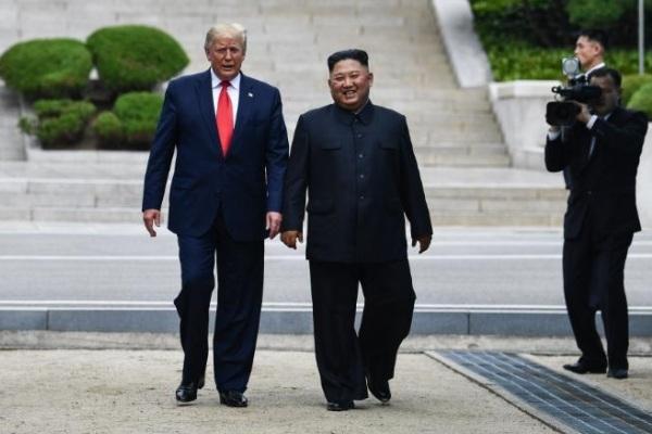 tổng thống mỹ,donald trump,nhà lãnh đạo triều tiên,kim jong-un,làng đình chiến,panmunjom,khu phi quân sự,dmz