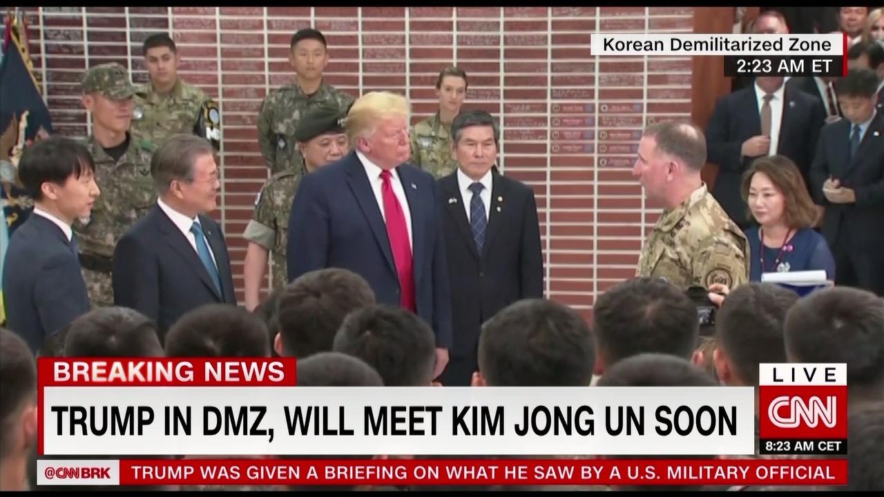 Ông Trump làm gì trong lúc chờ Kim Jong Un?
