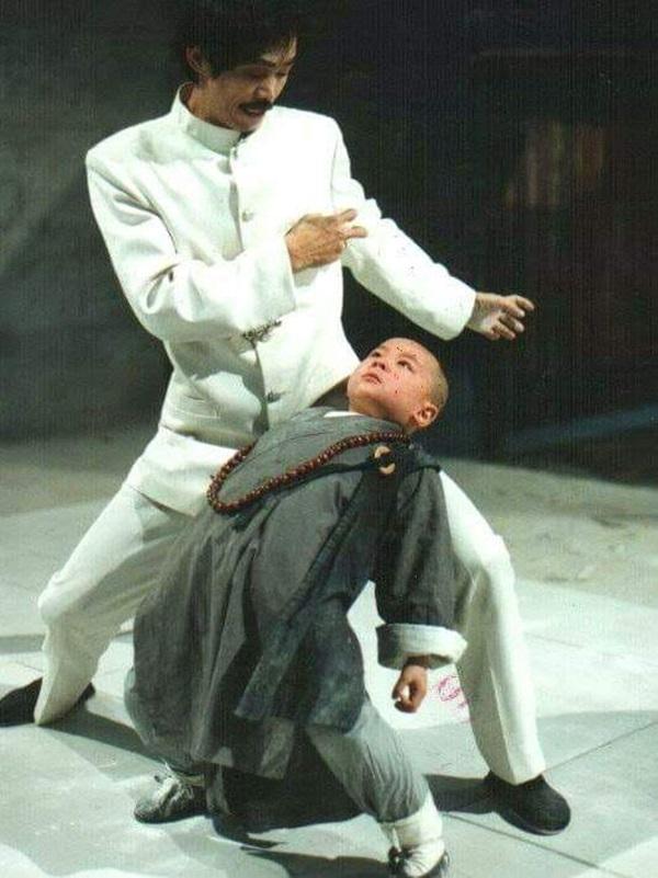 'Thần đồng Thiếu Lâm' từ sao nhí vạn người mê đến hết thời, tai tiếng