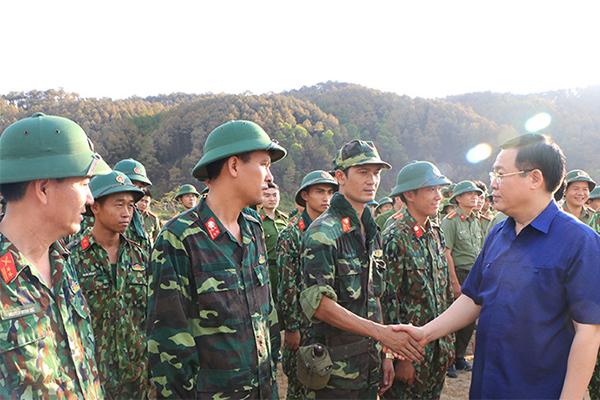 Không chủ quan, sẵn sàng ứng phó diễn biến mới vụ cháy rừng ở Hà Tĩnh