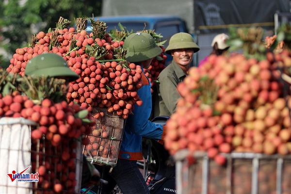 Đừng để chỉ nước ngoài hưởng lợi, hàng Trung Quốc tràn vào