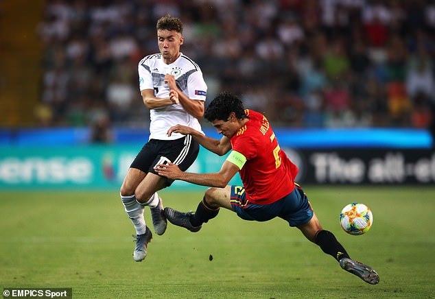 Hạ Đức, U21 Tây Ban Nha vô địch U21 châu Âu