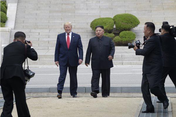 Donald Trump,Kim Jong Un,thượng đỉnh Mỹ Triều,thư ký báo chí Nhà Trắng,giám đốc truyền thông