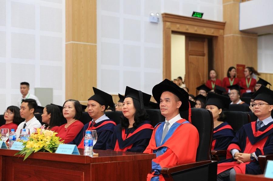 lễ bế giảng,sinh viên