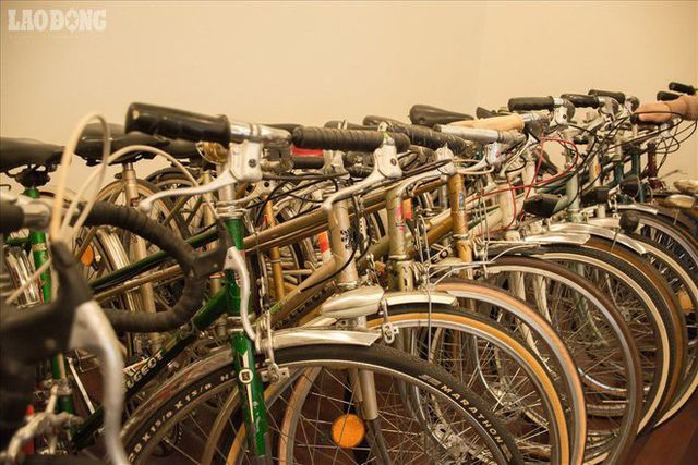 Những chiếc xe đạp cổ giá bằng cả chiếc ô tô