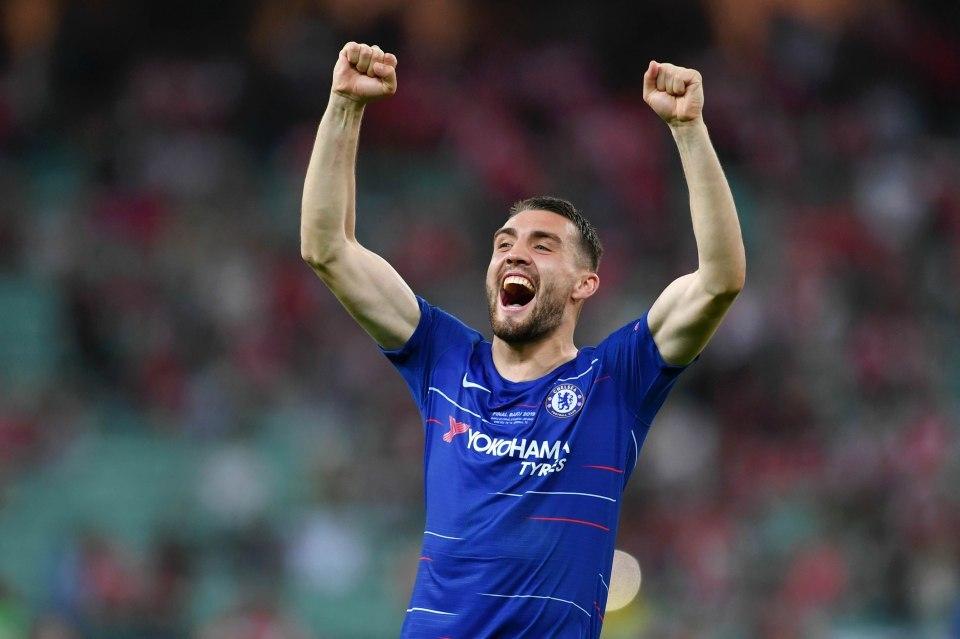 Chelsea sa thải 5 cầu thủ, đón Mateo Kovacic