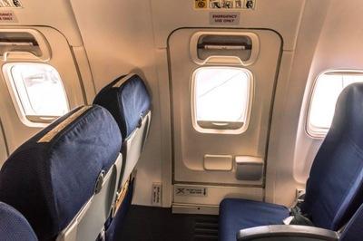 Hành động của du khách TQ khiến ai trên máy bay cũng sốc