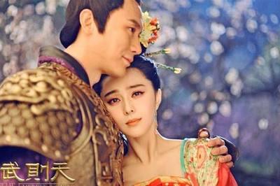 """Song Hye Kyo, Phạm Băng Băng, Irina Shayk: Tuyệt đẹp mà vẫn """"đen tình"""""""