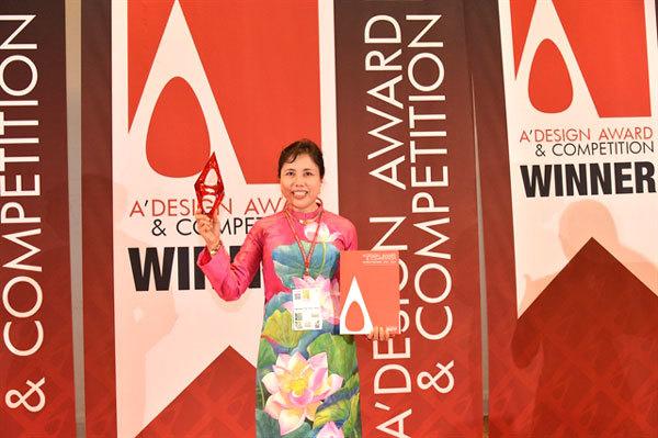 Murals at Noi Bai Int'l Airport win world design award