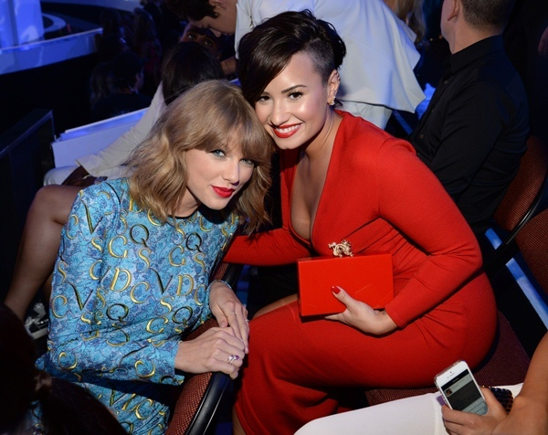 Demi Lovato,Taylor Swift