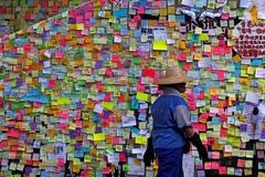 Cảnh tàn phá sau biểu tình và bạo lực dữ dội ở Hong Kong