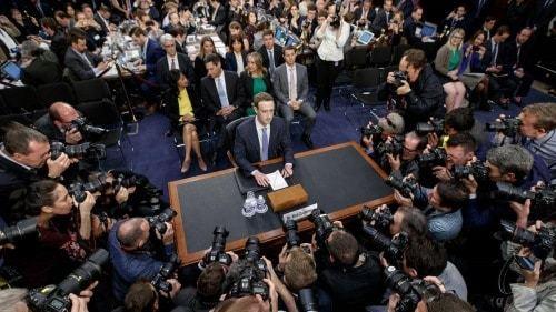 Thống đốc New York ra lệnh điều tra Facebook