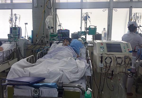Thai sản,mổ bắt con,sinh mổ,viêm phổi,suy đa cơ quan
