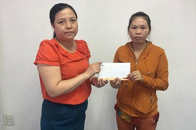 Trao hơn 28 triệu đồng cho Trần Văn Vũ Luân