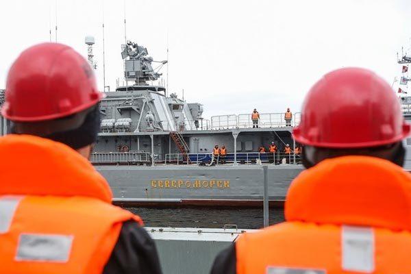 Tàu lặn Nga gặp nạn, ít nhất 14 quân nhân thiệt mạng