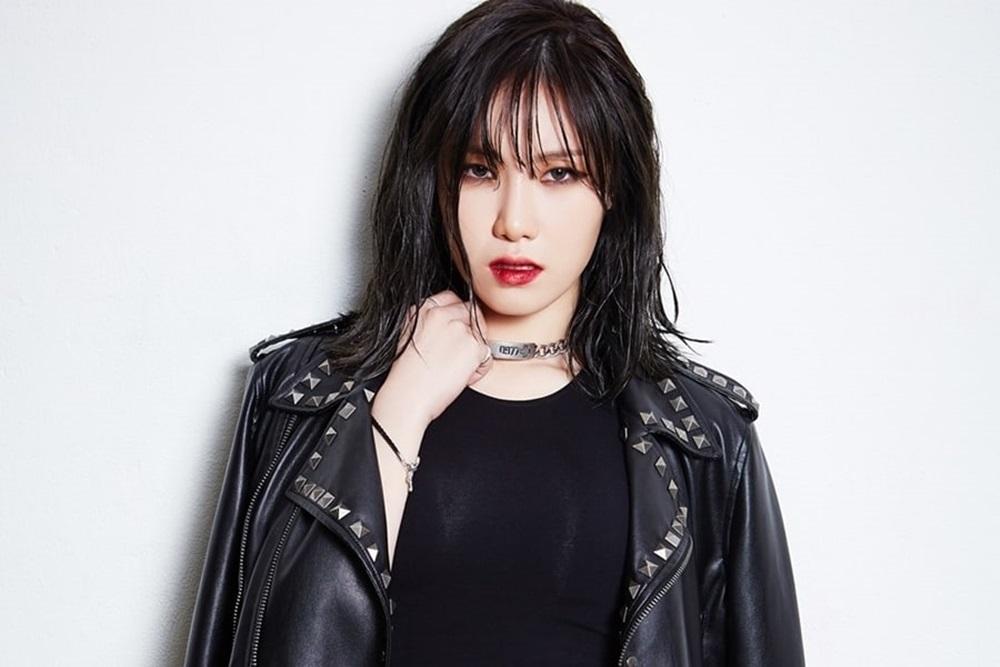 HyunA khoe tóc nhưng fan chỉ nhìn vòng một nóng bỏng