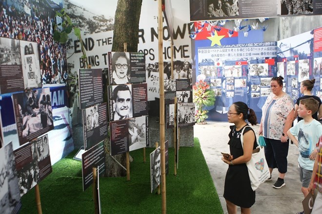 Hanoi exhibition tells stories of peace