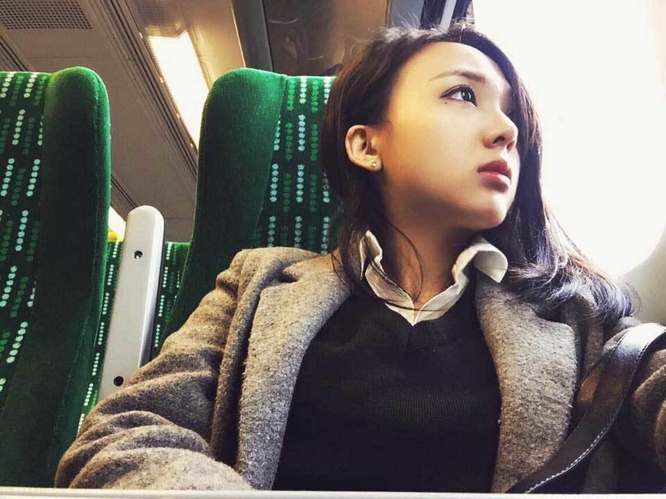 Nhan sắc ngọt ngào của hot girl du học nổi tiếng Hà thành