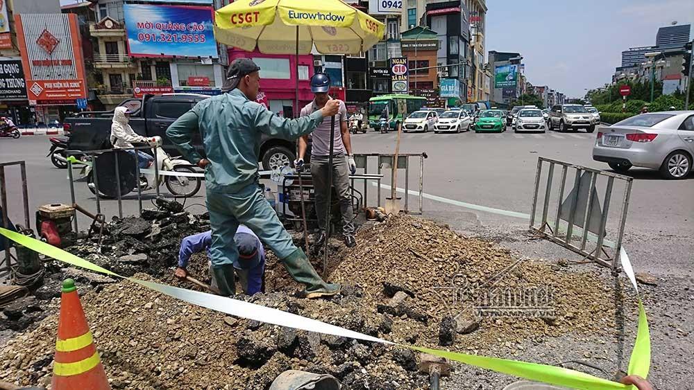 vỡ ống nước,Hà Nội