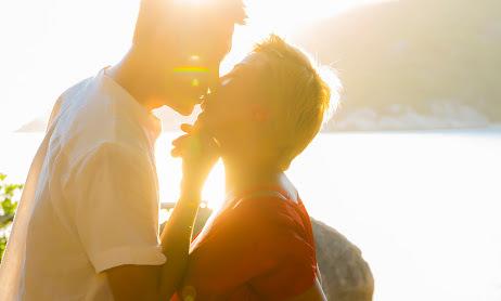 Ảnh cầu hôn của nữ doanh nhân mê xe phân khối lớn