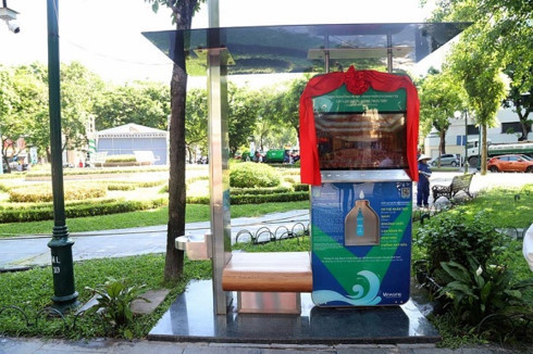 First AI water purifier system put into service in Hanoi