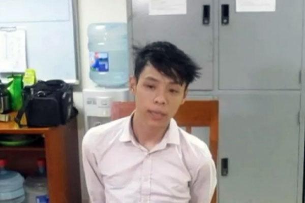 Kẻ đê hèn đâm bạn gái 9 nhát rồi đăng ảnh dao lên Facebook