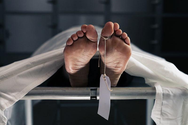 Thanh niên 20 tuổi sống dậy trong quan tài ngay khi chôn cất, bác sĩ kết luận bất ngờ