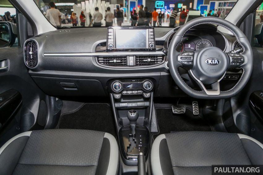 Ô tô Kia giá chỉ 324 triệu 'gây sốt'