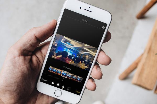 Cách chèn bộ lọc màu vào video trên iOS 13