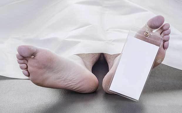 Người chết bất ngờ động đậy trước khi bị chôn