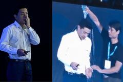 Người đổ nước lên đầu CEO Baidu giữa sân khấu bị bắt