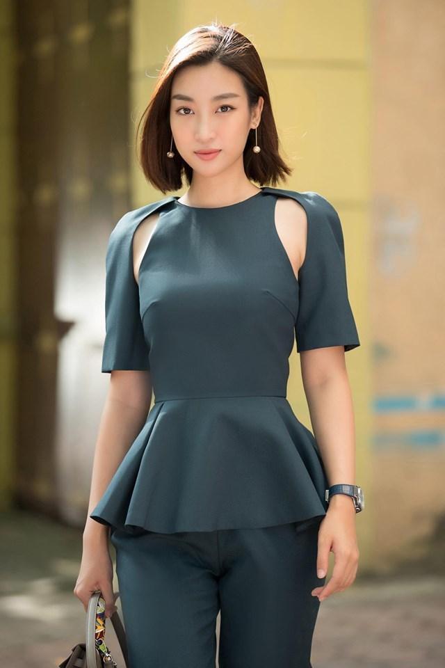Nghi vấn Hoa hậu Đỗ Mỹ Linh hẹn hò với em trai BTV Ngọc Trinh
