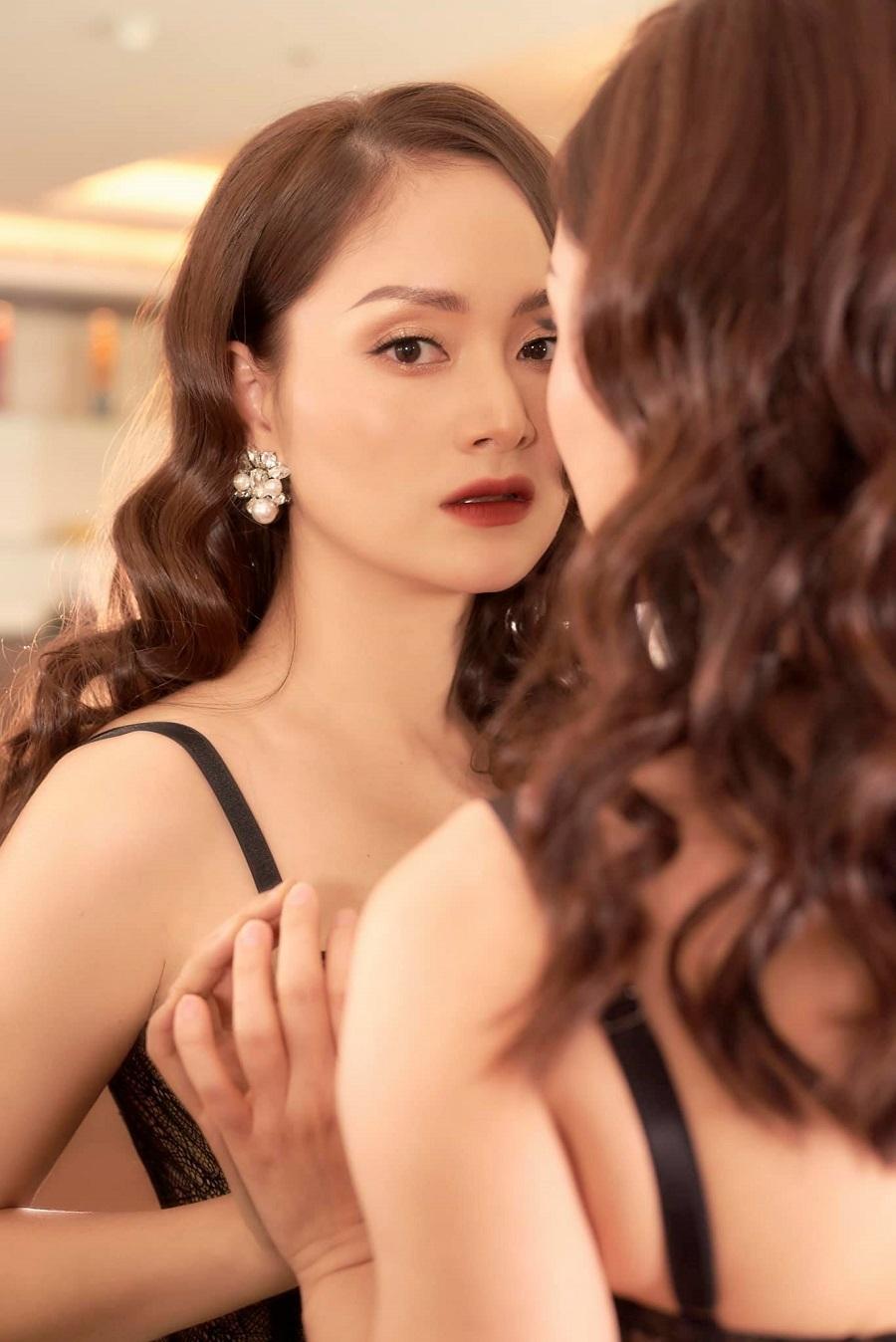 Hồ Ngọc Hà,Kim Lý,Mai Phương Thúy,Tú Vi,Võ Hoàng yến,Lan Phương