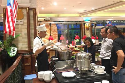Đặc sắc ẩm thực Malaysia, Hồng Kông ở khách sạn Windsor Plaza