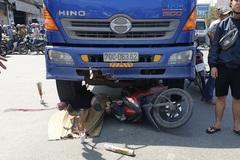 Tai nạn liên tiếp, 2 phụ nữ chết thảm dưới bánh xe tải ở Bình Dương