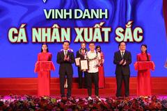 Cầu thủ Quang Hải được vinh danh trong Vinh quang Việt Nam