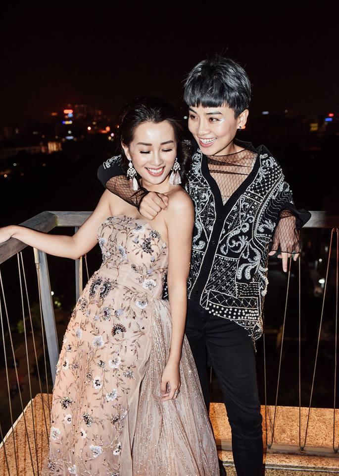 Không khẳng định yêu đồng giới, MC Quỳnh Chi - Thùy Dung dọn về sống chung