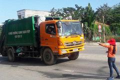 Dân Đà Nẵng xuống đường chặn xe rác, ngàn tấn rác ùn ứ